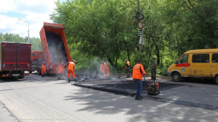 В Рязани за неделю заделали ямы на 12 участках дорог