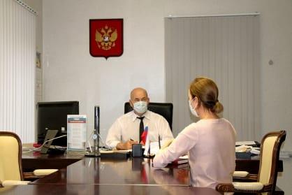 Руководитель рязанского Следкома встретился с родственниками погибших и пострадавших при пожаре больнице