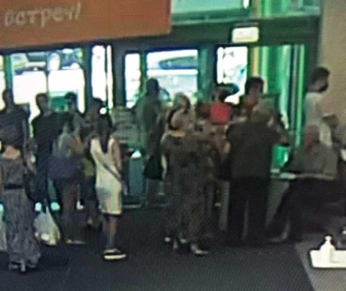 В рязанском гипермаркете «Глобус» образовалась очередь на вакцинацию