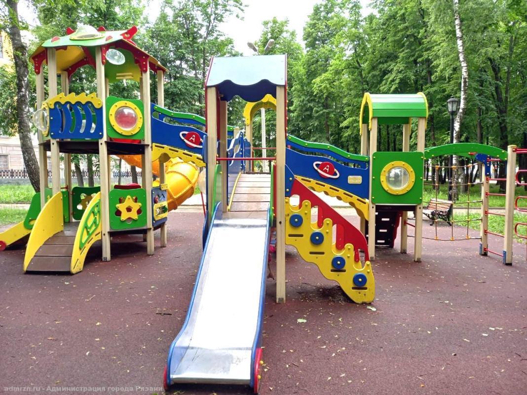 В Рязани проверяют детские игровые площадки