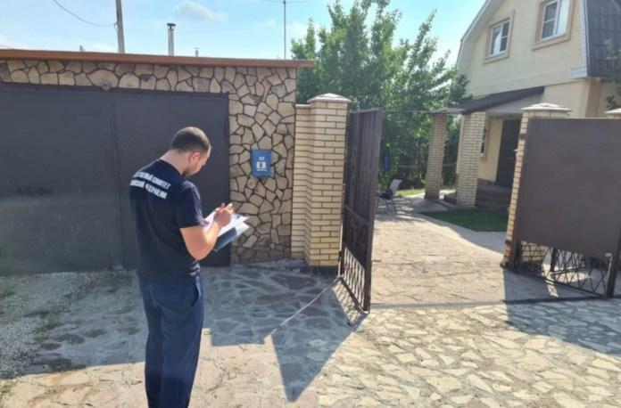 Подполковник самарской полиции зарезал 15-летнюю любовницу