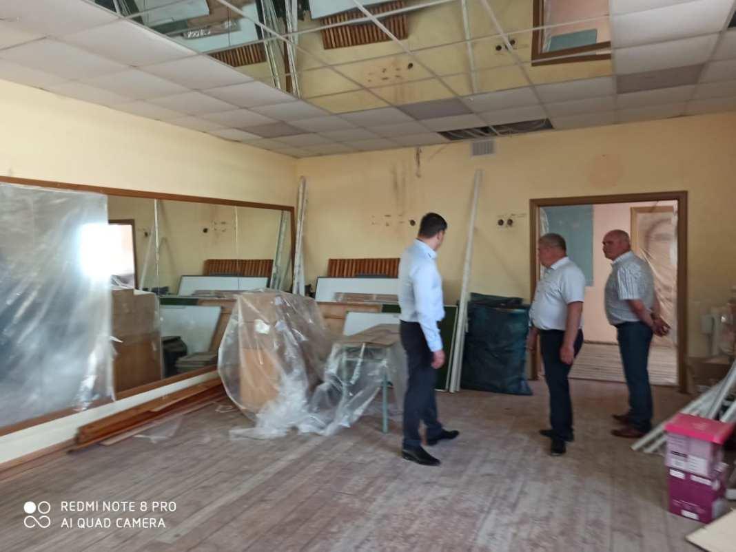 Школу искусств в Новомичуринске затопило из-за остановленного капремонта