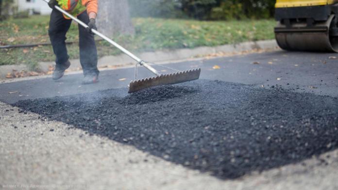 В Рязани восемь дорог ремонтируют картами