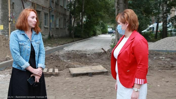 Мэр Рязани проинспектировала благоустройство территорий на улице Крупской