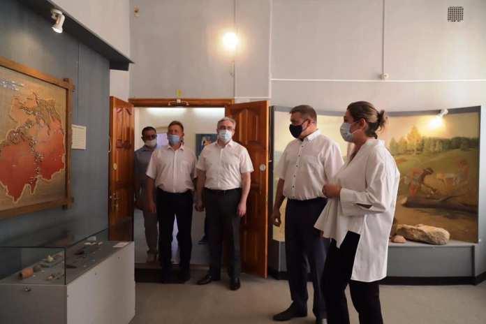 Николай любимов пообещал помочь ряжскому музею