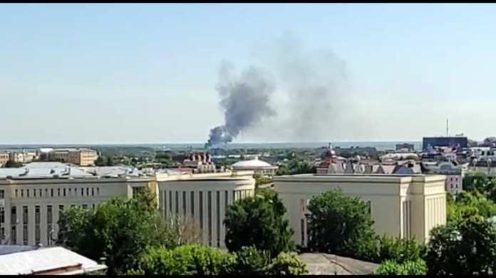 Рязанцы заметили столб дыма на окраине