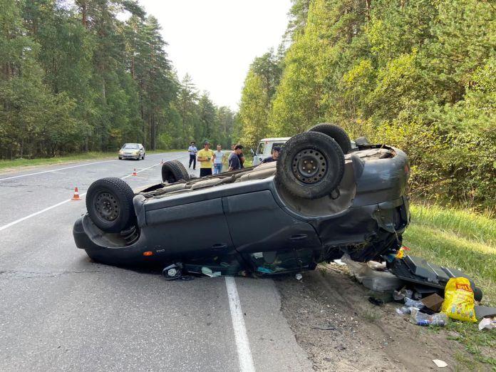 В Касимовском районе перевернулся автомобиль, пострадал водитель