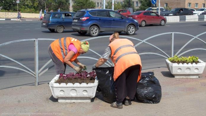Уборка городских территорий продолжится в выходные дни