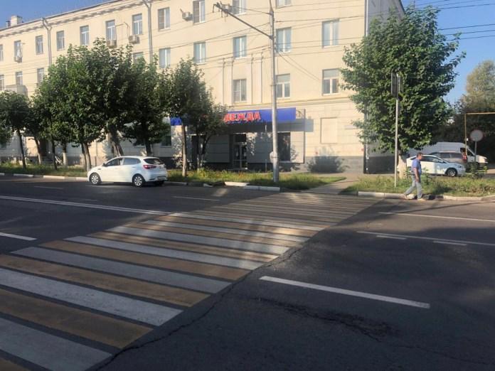 На улице Циолковского в Рязани Kia Rio сбил 57-летнюю женщину на переходе