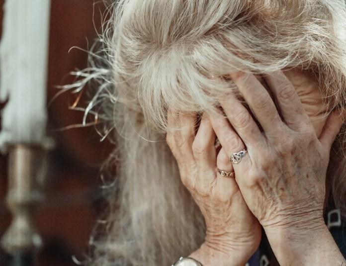 В Калуге мать с дочкой обворовывали пенсионеров, притворяясь медработниками