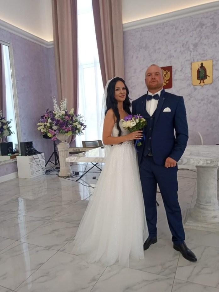 Рязанский ЗАГС опубликовал фотографии свадеб прошедших выходных