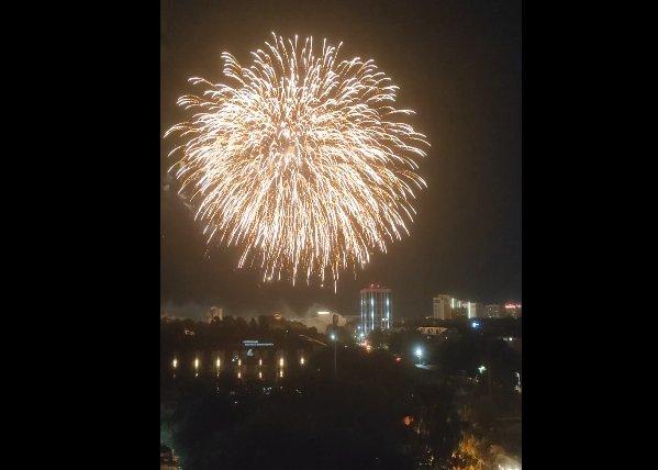 Салют в День города рязанцы засняли на видео