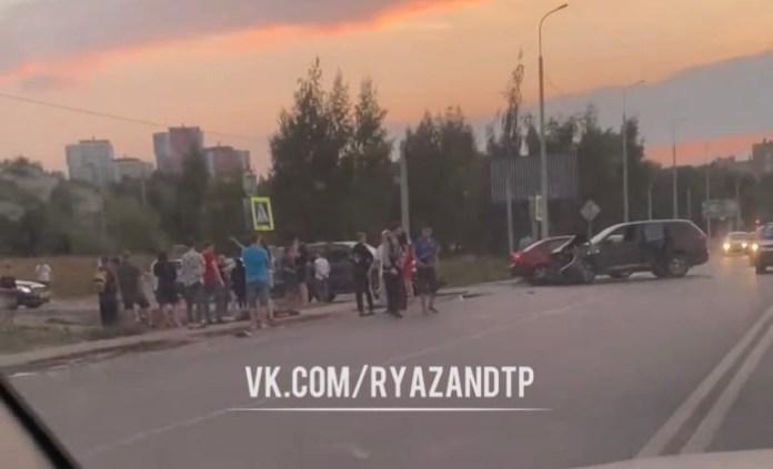 У «Глобуса» в Рязани сбили мотоциклиста
