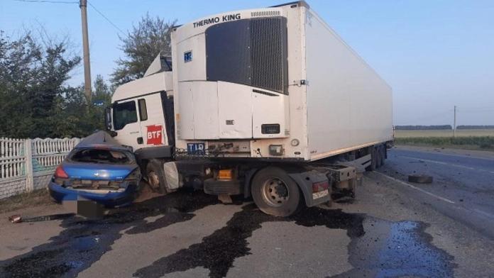 Два человека погибли в ДТП с грузовиком на трассе М5 «Урал»