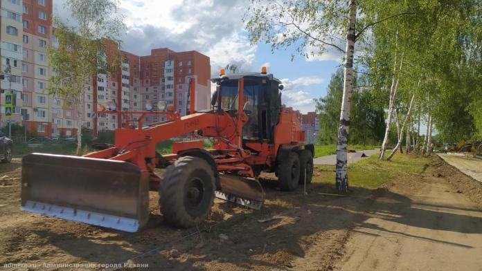 В Рязани продолжают благоустраивать вишнёвый сад
