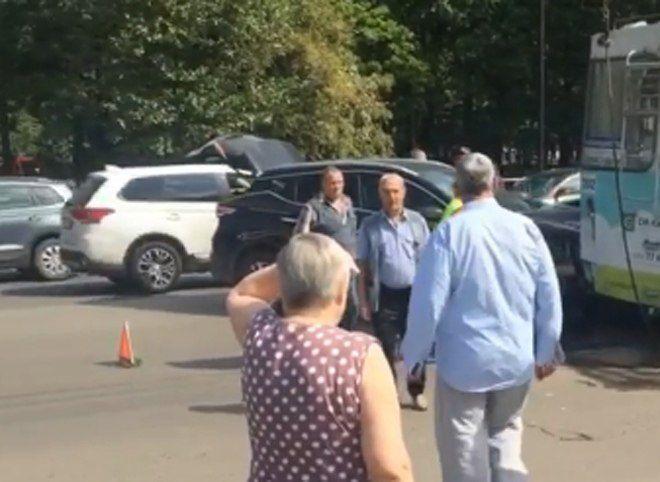 В посёлке Приокский Рязани «Ниссан» врезался в троллейбус