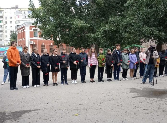 На школе №39 открыли мемориальную доску погибшему при исполнении воинского долга рязанцу