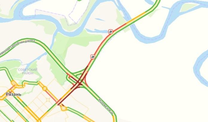 На Солотчинском шоссе в Рязани образовалась большая пробка
