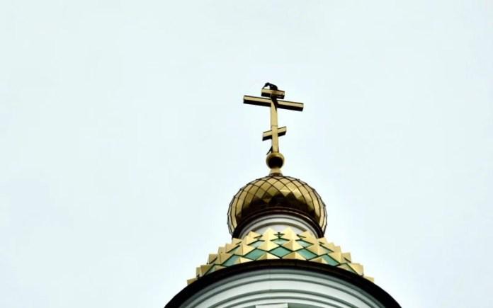 В Белгородской епархии объяснили удар молнии в крест спасением города и людей
