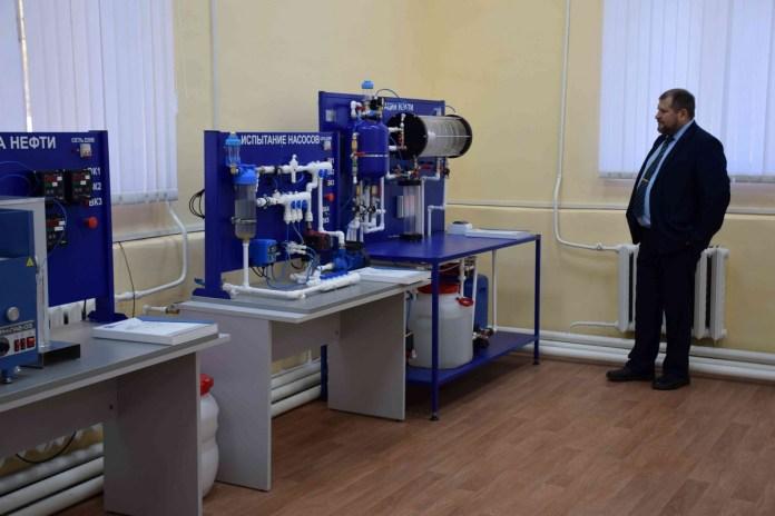 РНПК оснастила оборудованием учебную лабораторию Касимовского нефтегазового колледжа