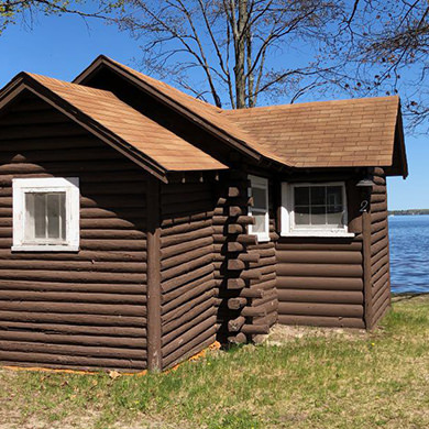 Lakeside Cabins | Northern Michigan Cabin Rentals