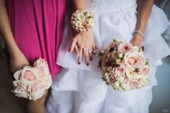 Букет из роскошных роз