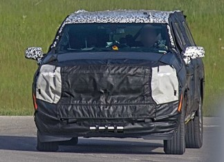 2021 Chevrolet Suburban Spy Shot
