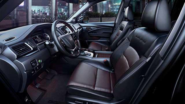 2021 Honda Pilot interior