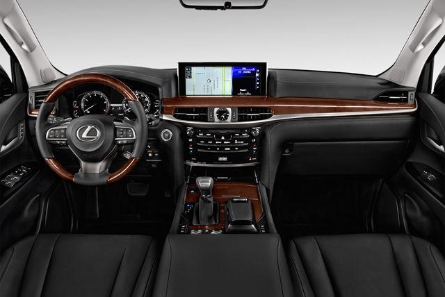 Lexus LX570 interior