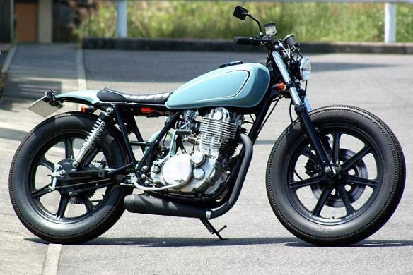 yamaha-sr400-04