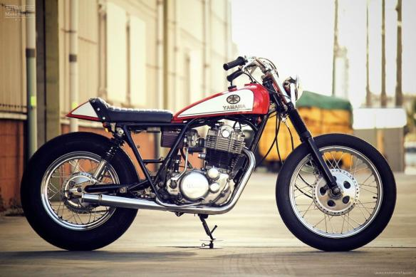 YAMAHA-SR400-by-Motor-Garage-Goods