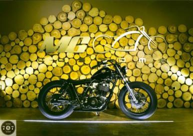 Goldies - http://7seven.si/2014/06/mg-customs-goldies/