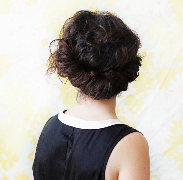 6-valentine039s-day-hair-ideas-that-are-low-key-amazing-1598057.640x0c