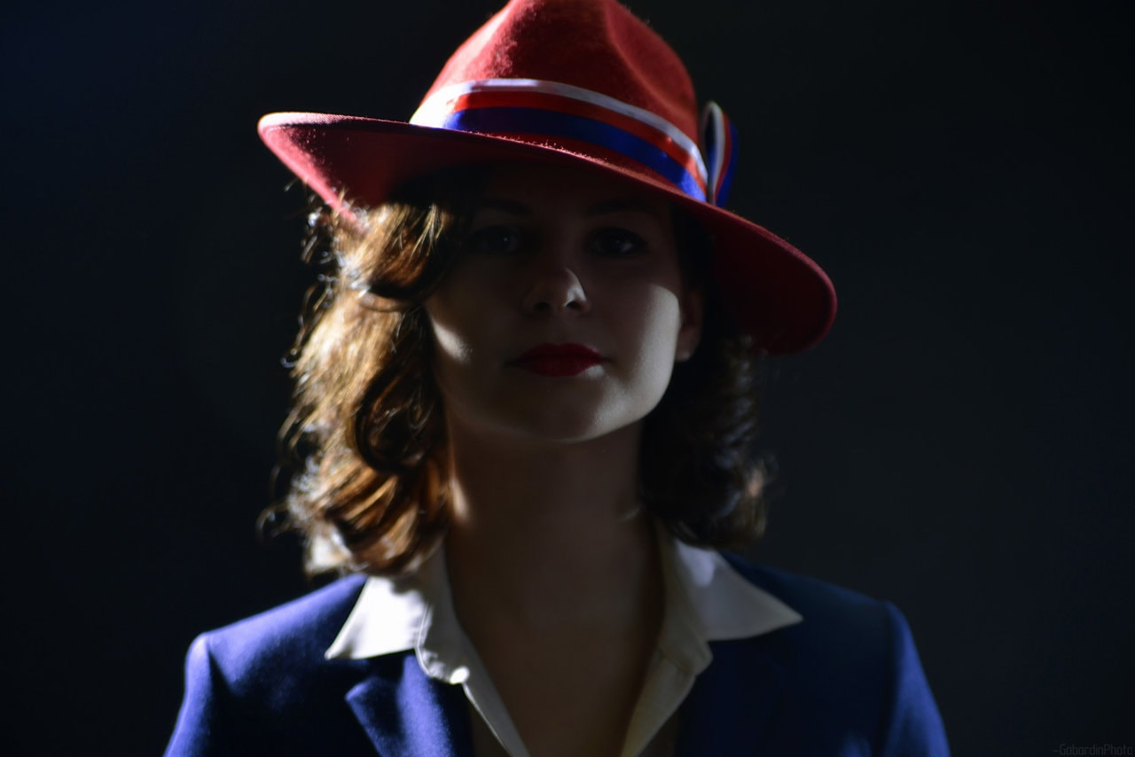 Beautiful Girl With Hat Wallpapers Agent Carter Hd Wallpapers 7wallpapers Net