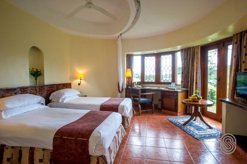 Lake Duluti Serena Hotel twin room