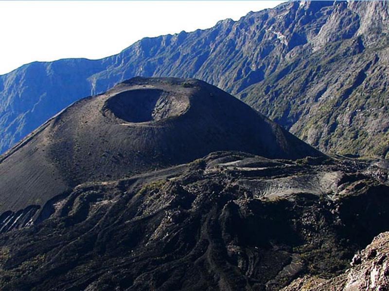 Mt.-Meru.jpg