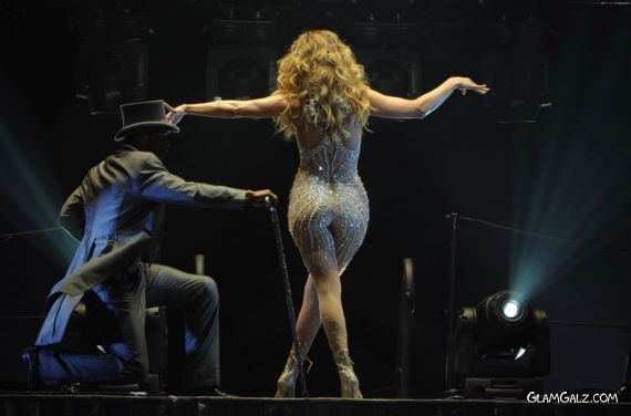 Jennifer Lopez Performs Live At O2 World In Berlin