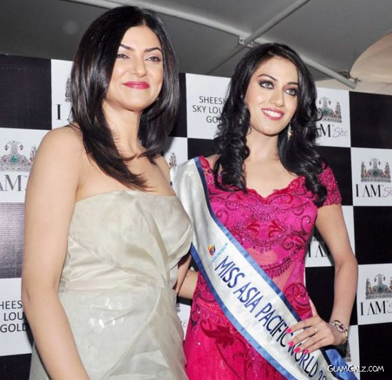 Sushmita Sen With Miss Asia Pacific