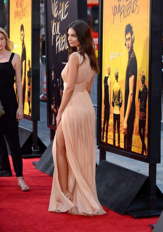 Emily Ratajkowski In Movie Premiere In LA