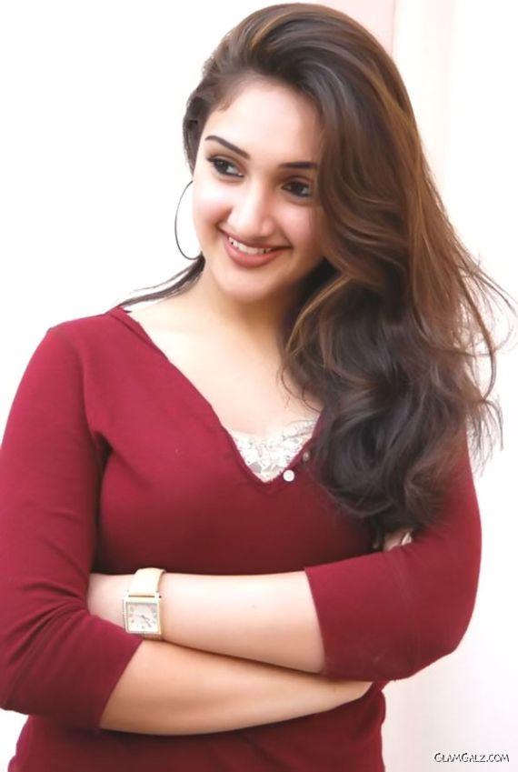 Sridevi's Daughter Jhanavi Kapoor