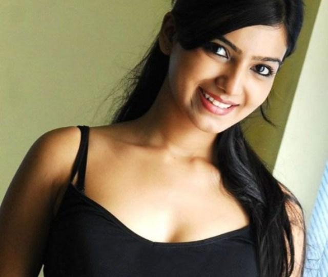 Desi Beauty Samantha Ruth Prabhu