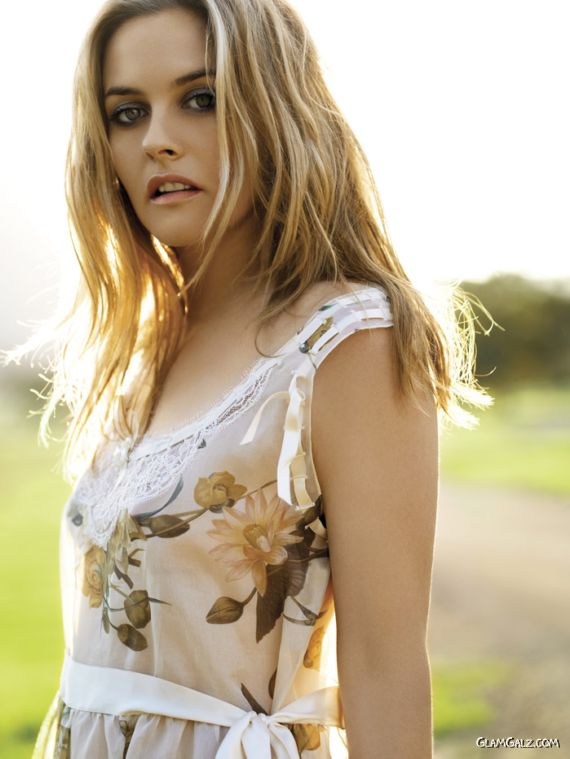 Alicia Silverstone for Instyle