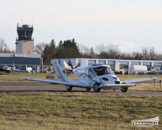Amazing Flying Car By Terrafugia