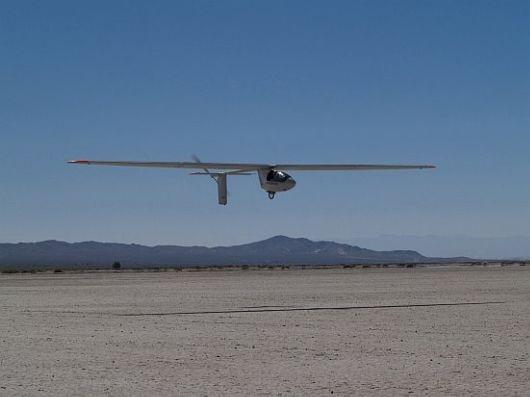 Solar Airplane - Sunseeker II