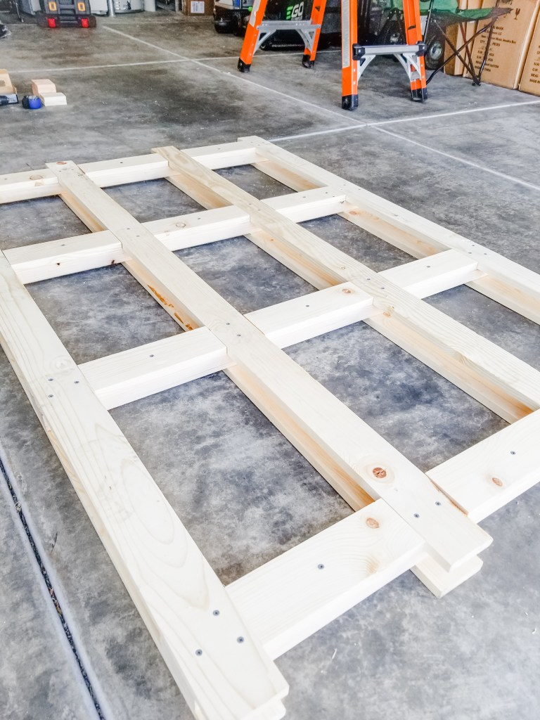 Easy DIY farmhouse  headboard
