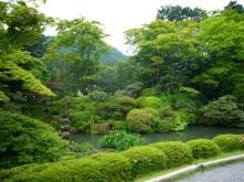 Nikko-Temple-Complex-Garden-02