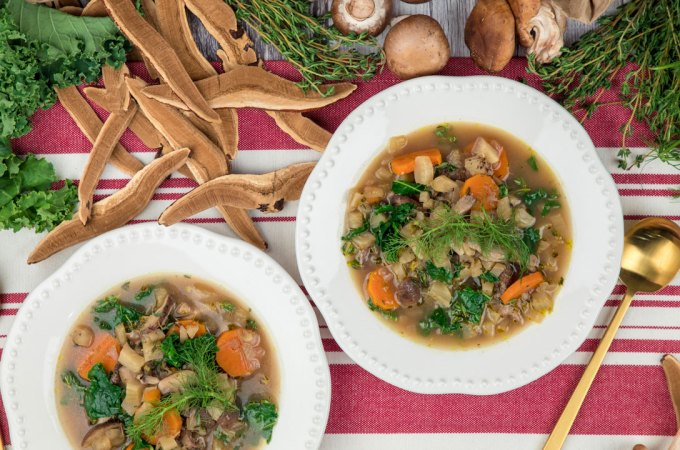 Reishi Mushroom Soup with Carrots and Kale