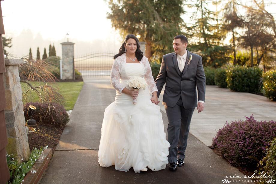 Angela + Chad | Winter Wedding at Laurel Creek Manor, Sumner