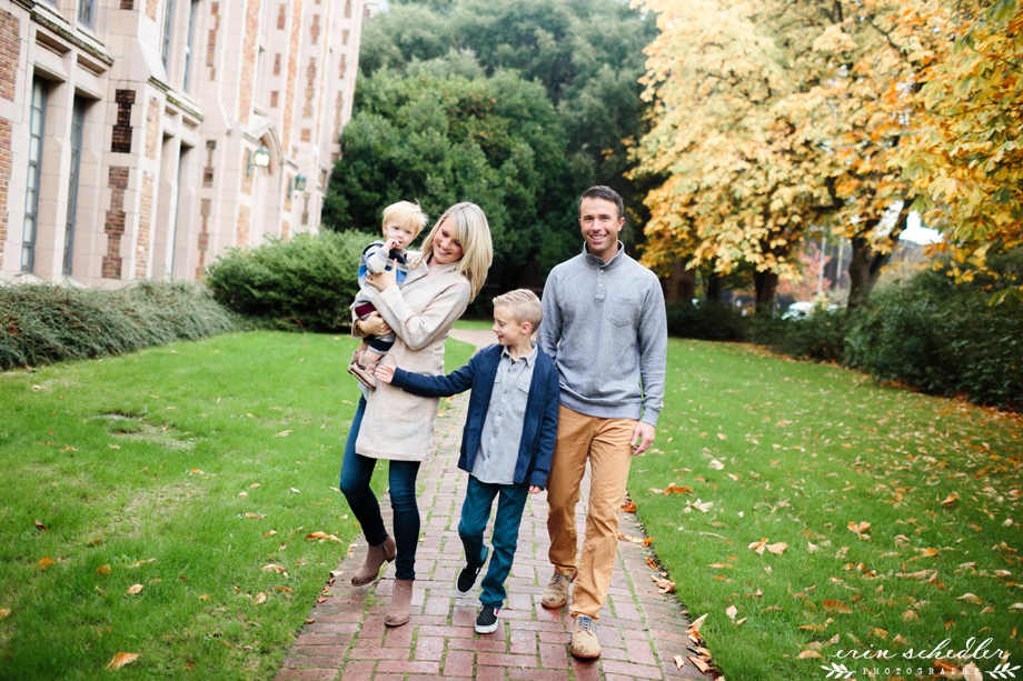 Fall at UW / Seattle Family Photographer
