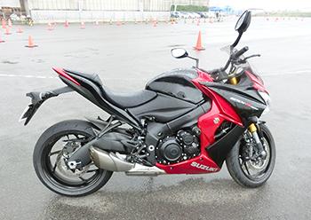 スズキGSX-S1000F ABS